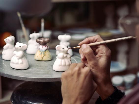 Роспись мышек в технике ярославская майолика